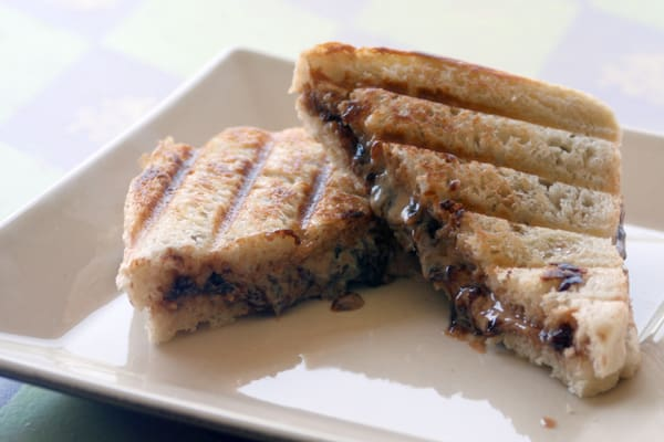 Grilled Peanut Butter and Jelly from Zestuous