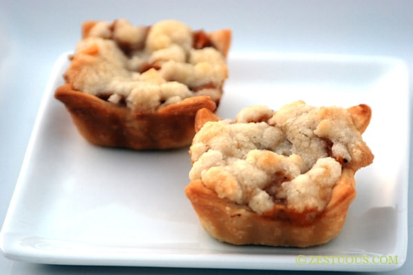Mini Peach Cobbler from Zestuous