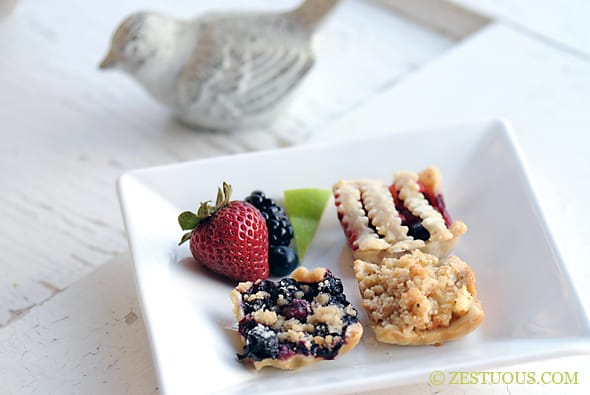 Mini Fruit Pies from Zestuous