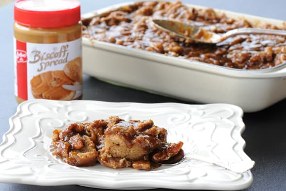 GIVEAWAY: Biscoff Bread Pudding with Biscoff Caramel Pecan Sauce