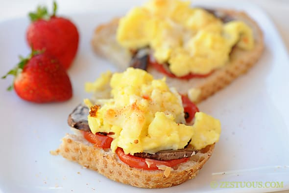 Breakfast Bruschetta from Zestuous