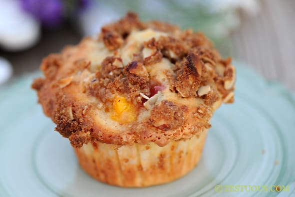 Peaches and Cream Muffins with Almond Crumble