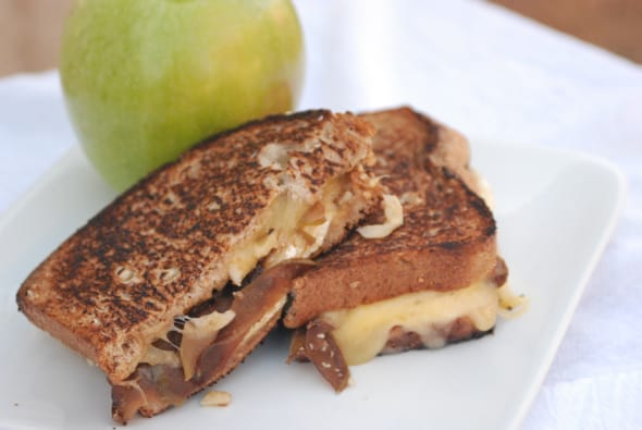 Autumn Grilled Brie Cheese Sandwiches