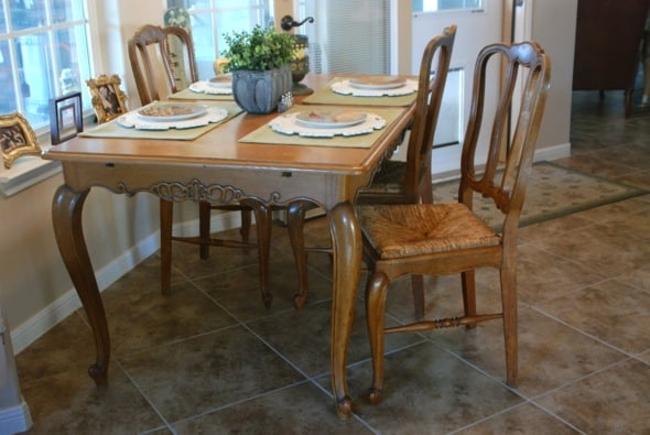 Portable Granite ~ Refinishing a Kitchen Table | Zestuous