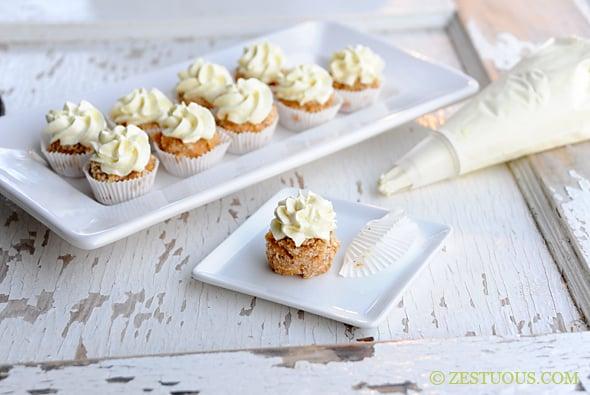 https://www.zestuous.com/wp-content/uploads/2012/07/mac-cupcakes.jpg
