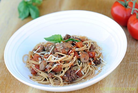 Garden-fresh Slow Cooker Spaghetti Sauce from Zestuous